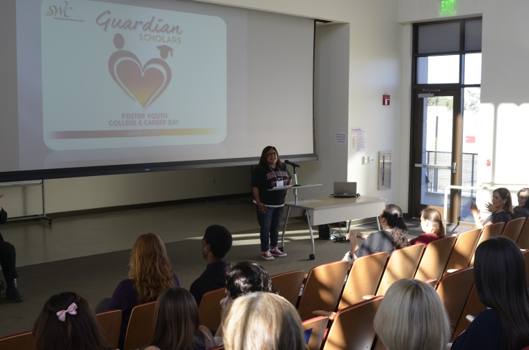 Counselor Kimi Rodriguez-McSwain address students