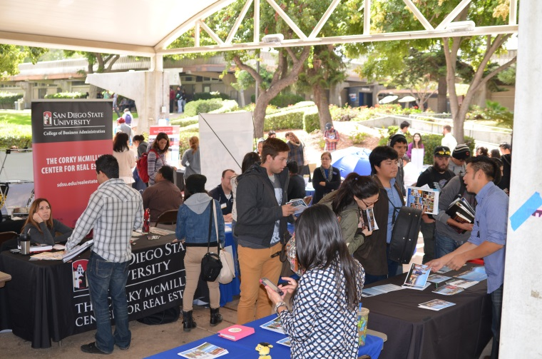Students attending the annual Transfer Fair at Southwestern College